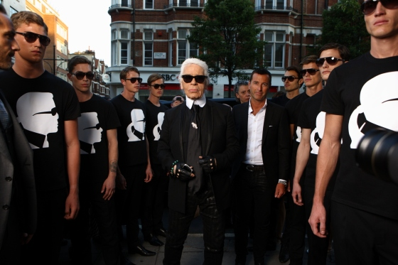 Karl Lagerfeld with an army of male models